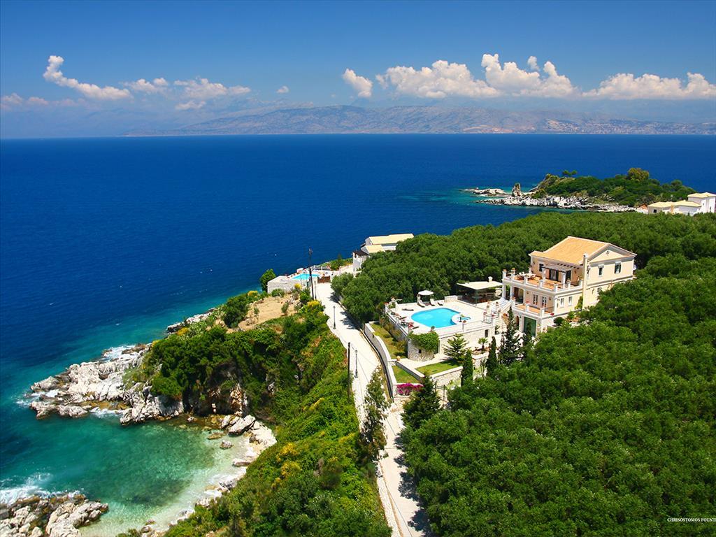 For Sale - Villa 445 m² in Corfu